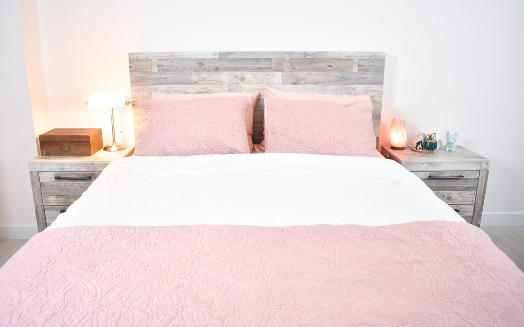 Target Pink Quilt and Bed Sheet Set